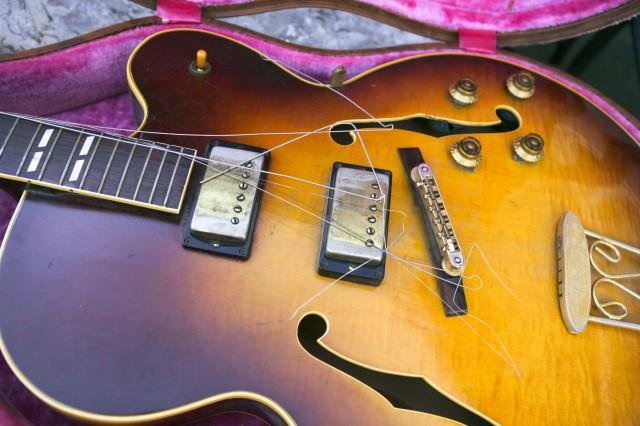 1957 Gibson ES-350 Guitar
